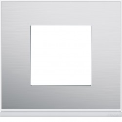Hager SAS - WXP2002 - Plaque 1P placage aluminium